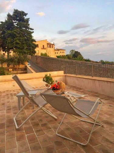 Assisi al Quattro Ferienhaus die Terrasse mit Blick auf die Basilika Santa Maria degli Angeli