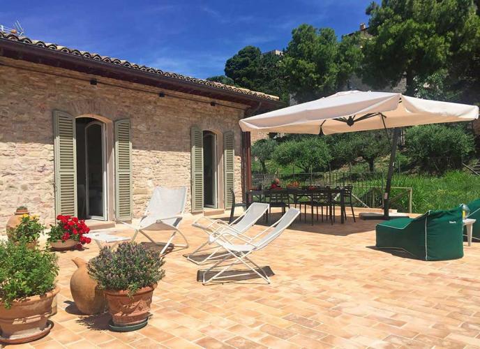 Ferienhaus für 5 Personen mit Terrasse, Solarium und Garten
